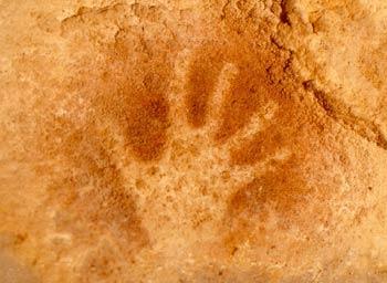 Conjunto prehistórico de las Cuevas del Monte Castillo