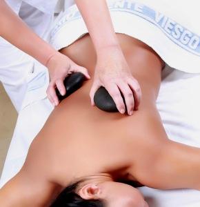 masaje piedras2